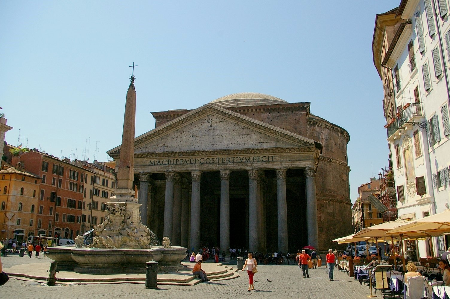 Piazza della Rotonda_Pantheon_Rome (3)